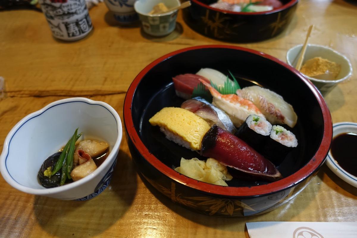 お寿司全景