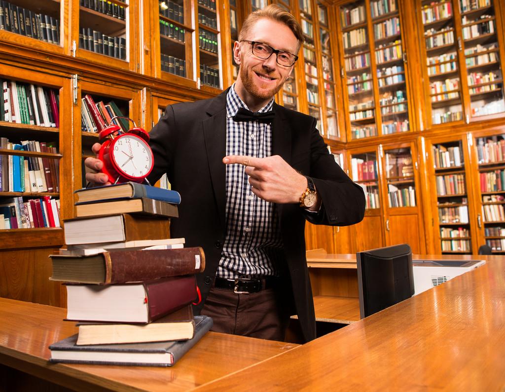ライブラリアン図書館