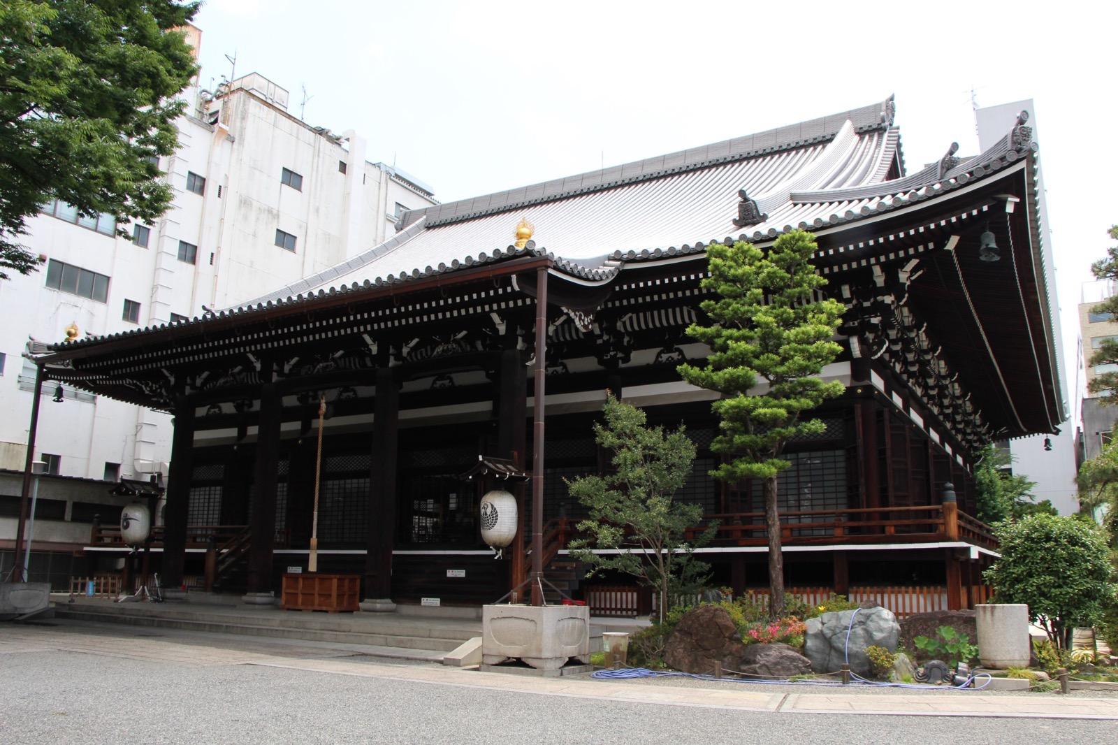 本能寺の本堂
