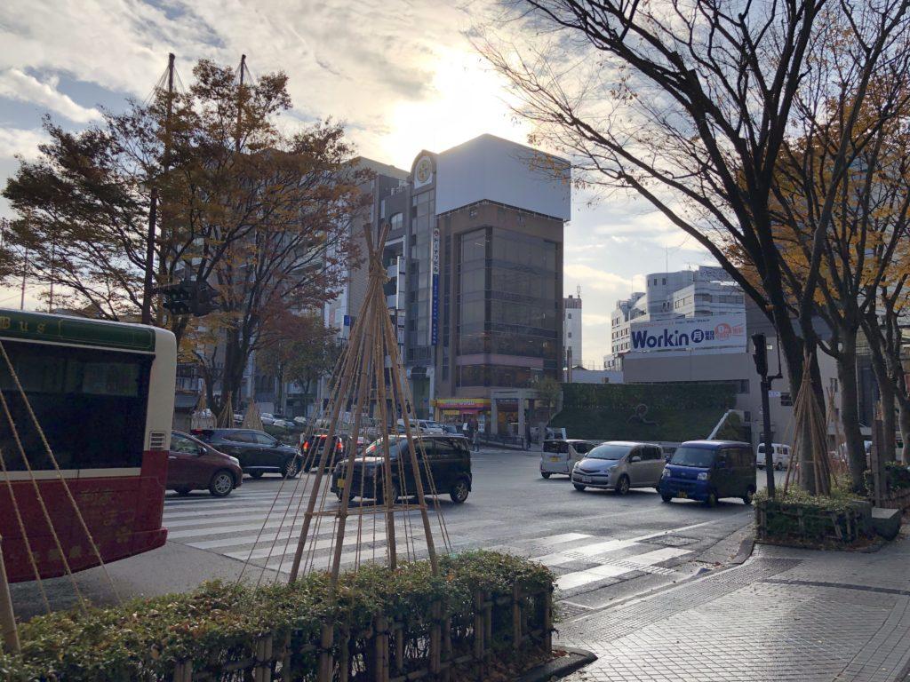 金沢のスタバ前の交差点