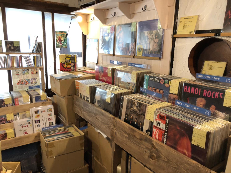 尾道レコードの店内オノレコ