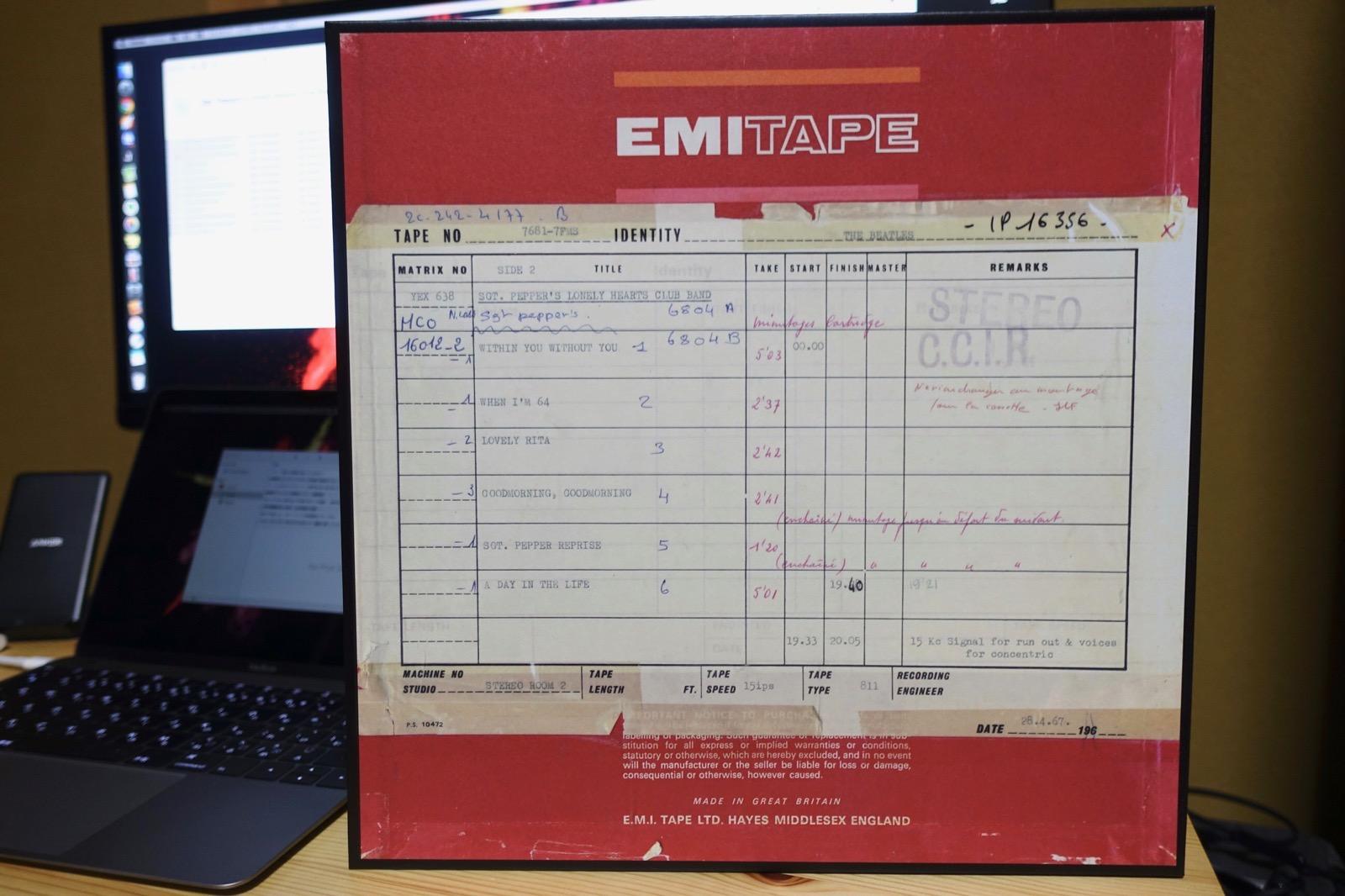 マスターテープの箱2