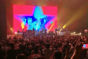 noel gallagher live in osaka