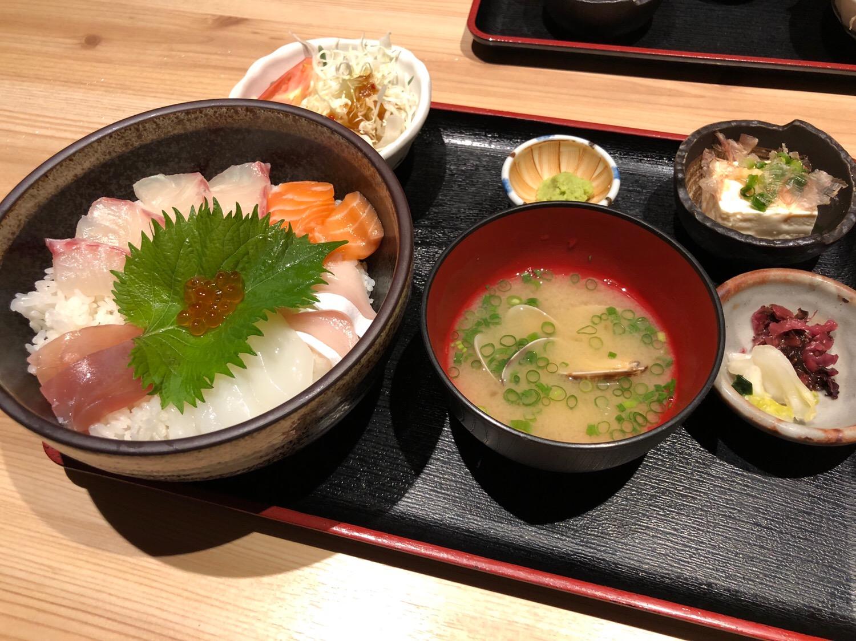 海鮮丼 waraemon