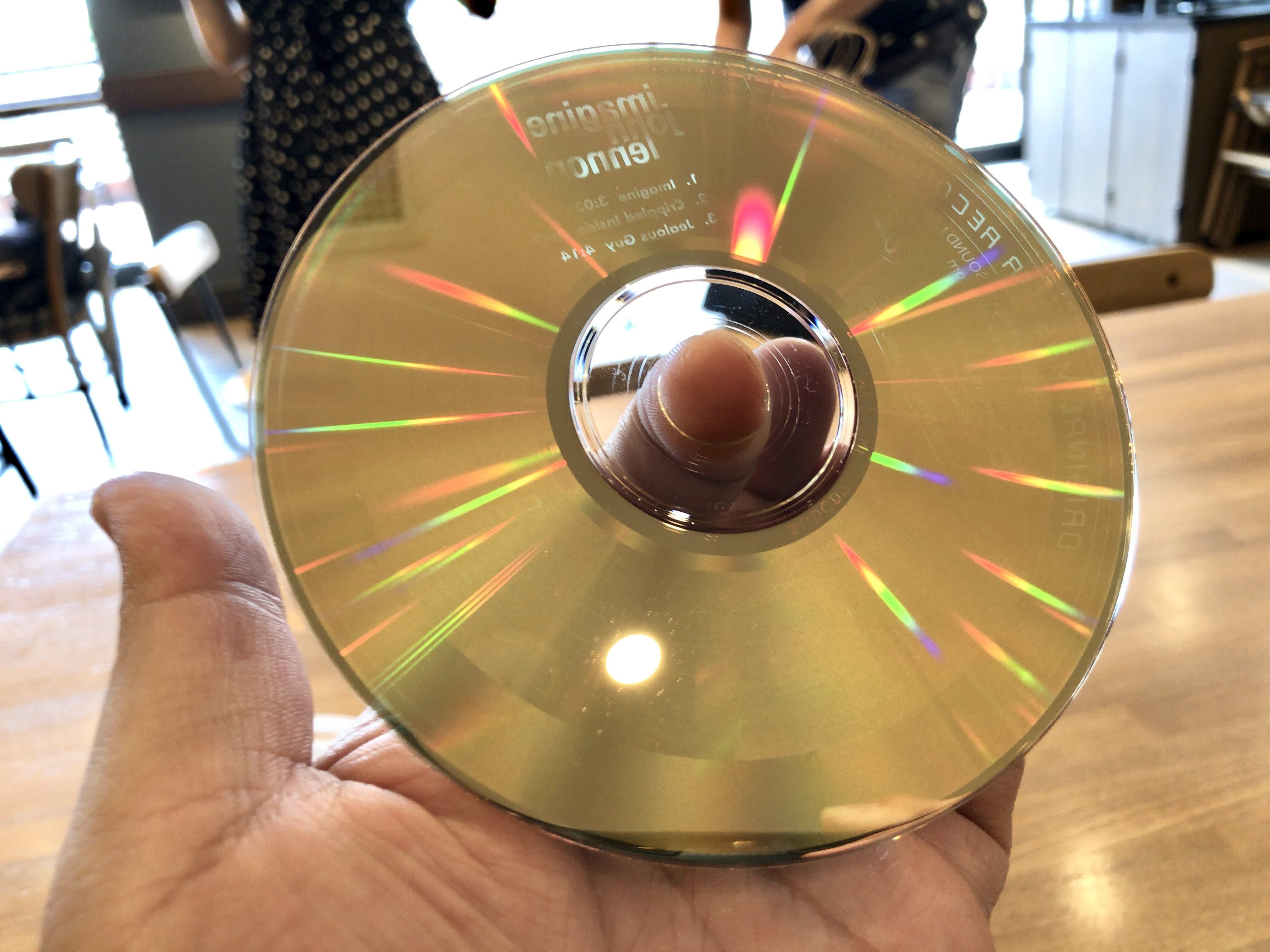 CDの様子 disc