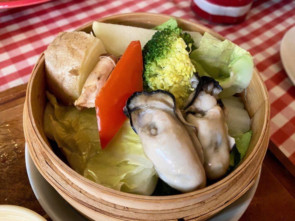FOREVER CAFE & OYSTER BAR lunch vegetable