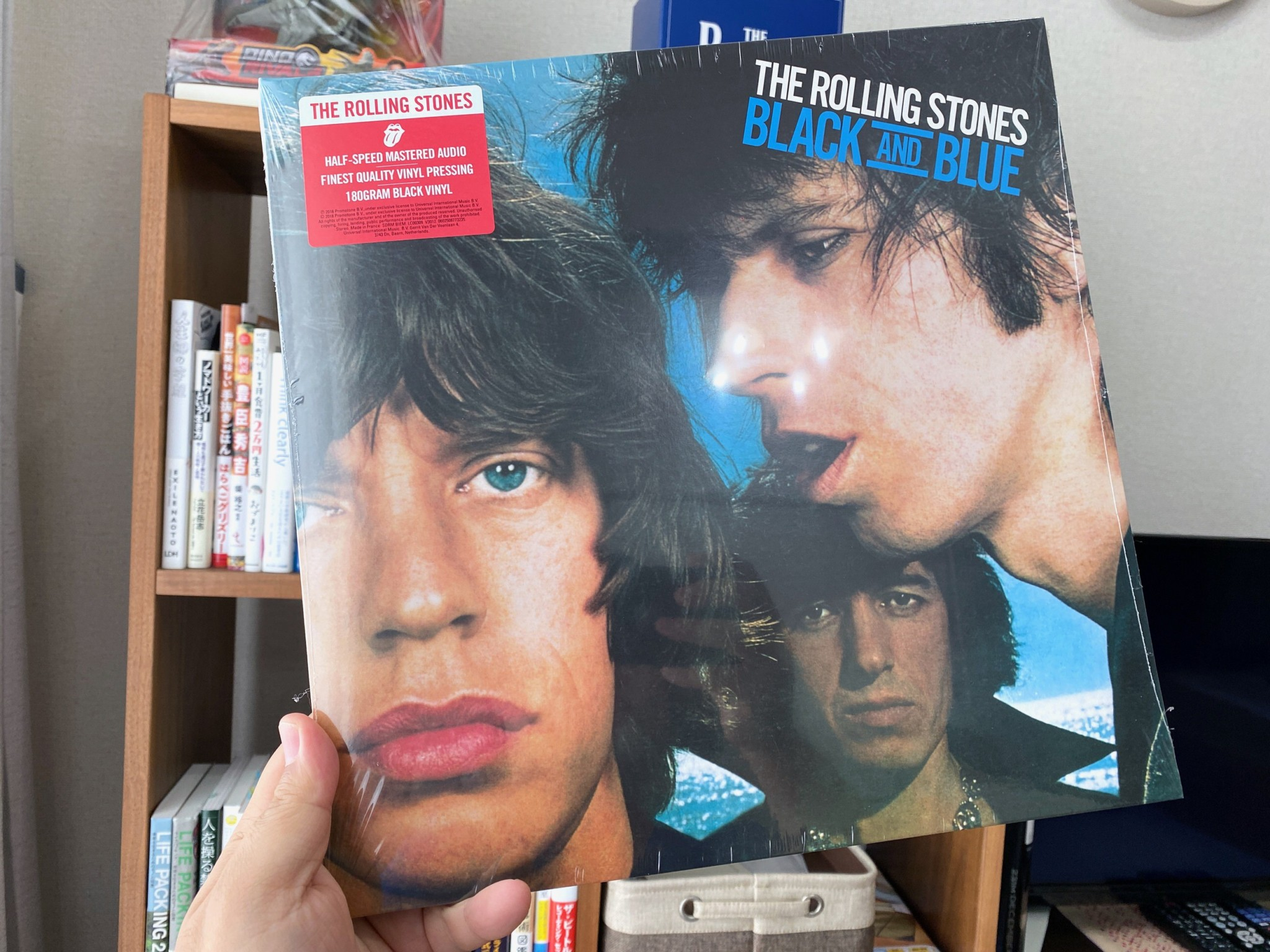 rolling stones balack and blue